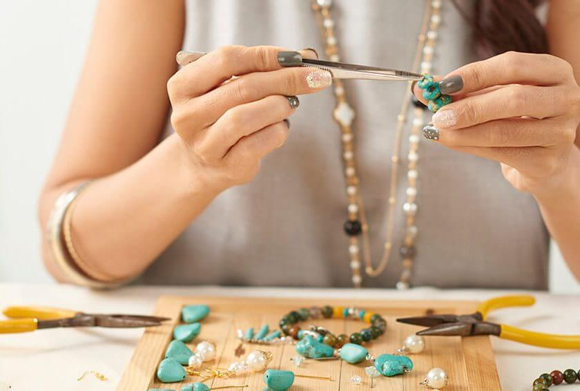 Why Pawnbrokers Love Jewellery