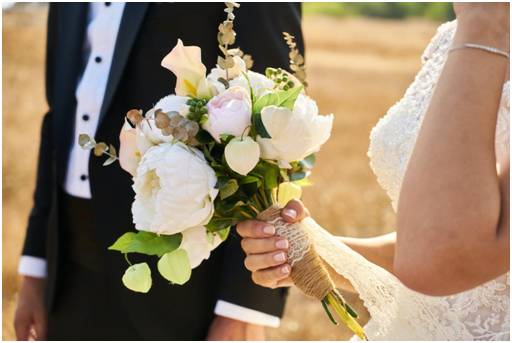 What Flowers Should Not Be in a Wedding Bouquet?